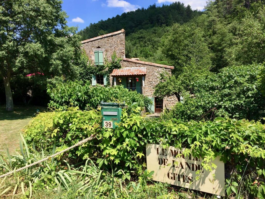 Front entrance and letterbox of Le Moulin de Lande