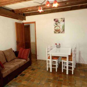 De woonkamer van vakantiehuis Bergerie